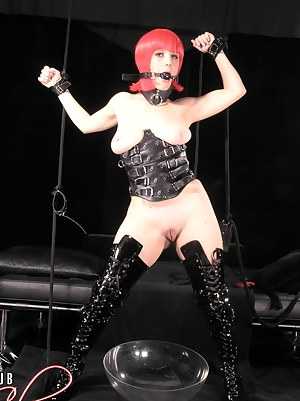 Free Teen BDSM Porn Pictures